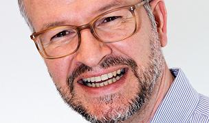 Spezialist für Gesichtschirurgie Dr. Twent aus Dorsten