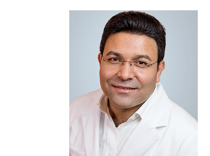 Schönheitschirurg Dr. Cheikh aus Berlin